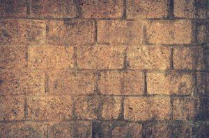 protection murs soubassement toujours exigée